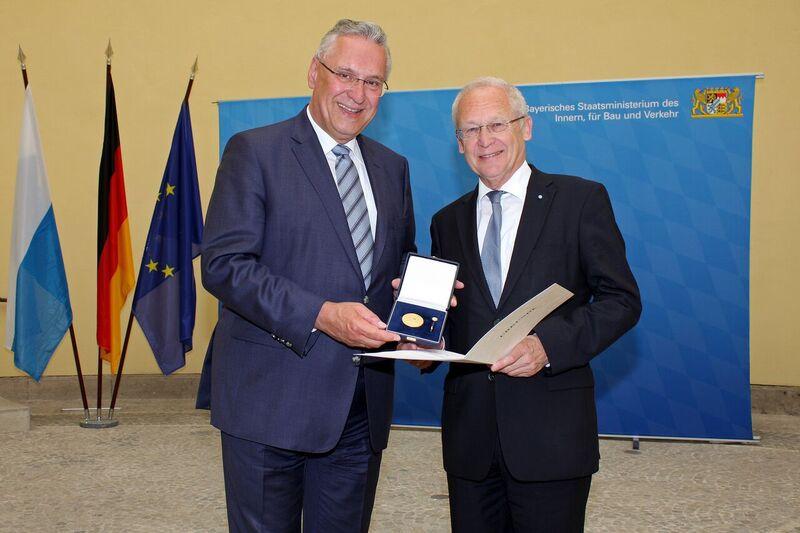 bayerisches innenministerium presse